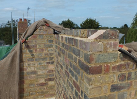 parapet-wall-bricks