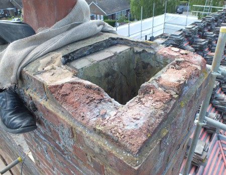 spalled-bricks-north-chimney