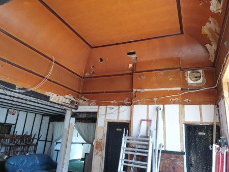 ballroom-ceiling