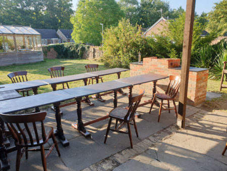 bbq-tables